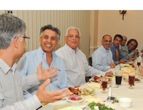Strategic Business Group: businesspeople meet to network, build relationships