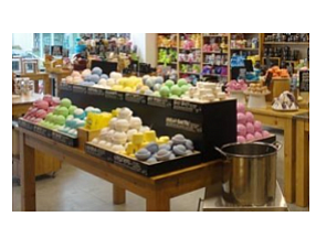 Lush cosmetics opens at mv mall orange county business for Jewelry store mission viejo