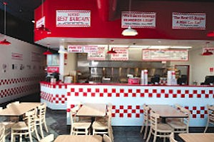 Five Guys: colors, retro feel reminiscent of In-N-Out