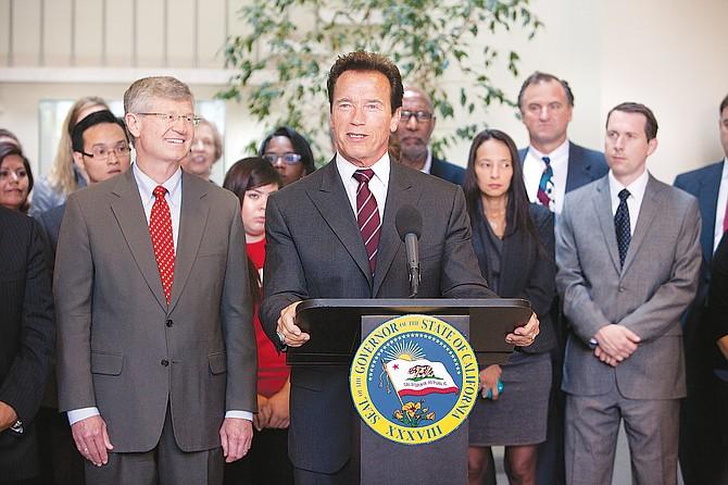 Toebben, Schwarzenegger cheer victory of open primary measure.