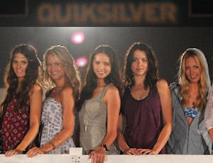 Quiksilver fashion show models: new line in between Roxy, women's clothes