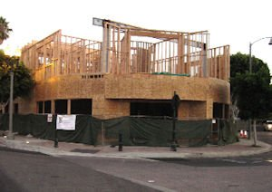 Medical offices going up in Tustin: dentist developing for own practice, other tenants
