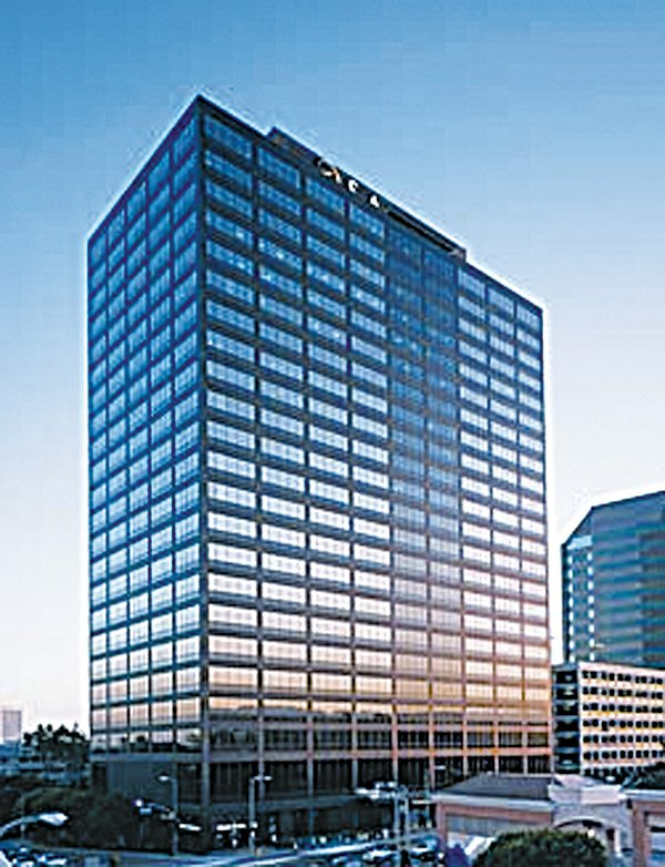 Big lease at 10960 Wilshire.