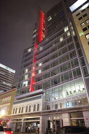 Operators of the struggling Se San Diego have asked a bankruptcy court to let them sell the hotel to San Francisco-based Kimpton Hotel & Restaurant Group for $49 million.