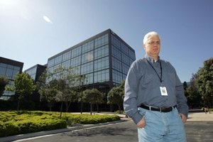 David Weinberg's film studio moved into former defense industry office in El Segundo.
