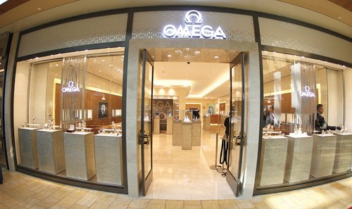 Luxury watchmaker Omega has a store opening this fall, among several taking the place of a Saks Fifth Avenue that closed last year at Fashion Valley mall in Mission Valley.