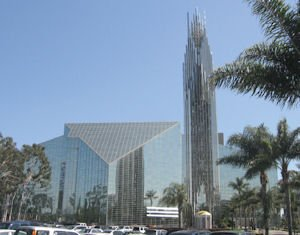 Crystal Cathedral: Roman Catholic Diocese of Orange chosen as buyer for 40-acre campus