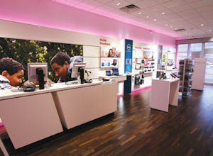 Newly refurbished: retail T-Mobile sites aim for comfort, customer interest