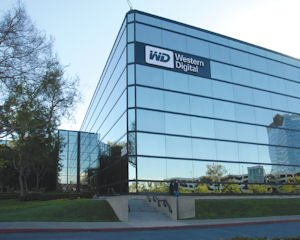 Western Digital: expects lower revenue, higher profit