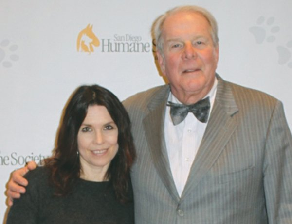 Professional poker player Annie Duke and her father, writer and broadcaster Richard Lederer, hosted a charity poker tournament to benefit the San Diego Humane Society and SPCA.