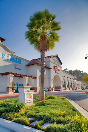 Gerrity Group LLC of Solana Beach recently purchased Old Grove Marketplace in Oceanside for approximately $19.5 million. Local experts say grocery-anchored retail centers continue to generate interest from multiple bidders in San Diego County.