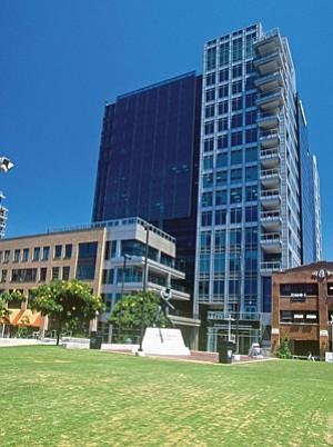 DiamondView Tower - Downtown - NOI per square foot $33.70