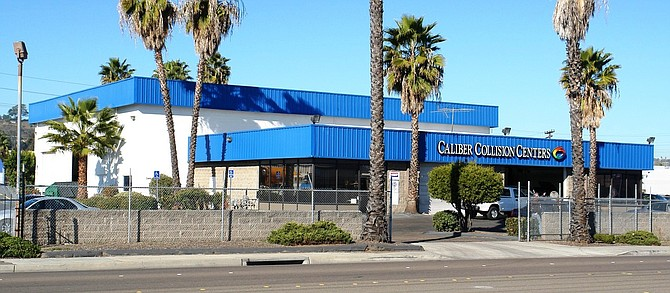 The Gunter Family Trust purchased a 15,877-square-foot automotive property in El Cajon for $2,037,000. Caliber Collision Centers has leased the property since August 2000 and will remain a tenant.