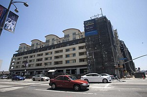 Retail-residential project at La Brea Avenue on Miracle Mile.