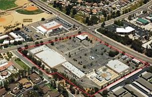 Sweetwater Village Shopping Center is outlined in red.