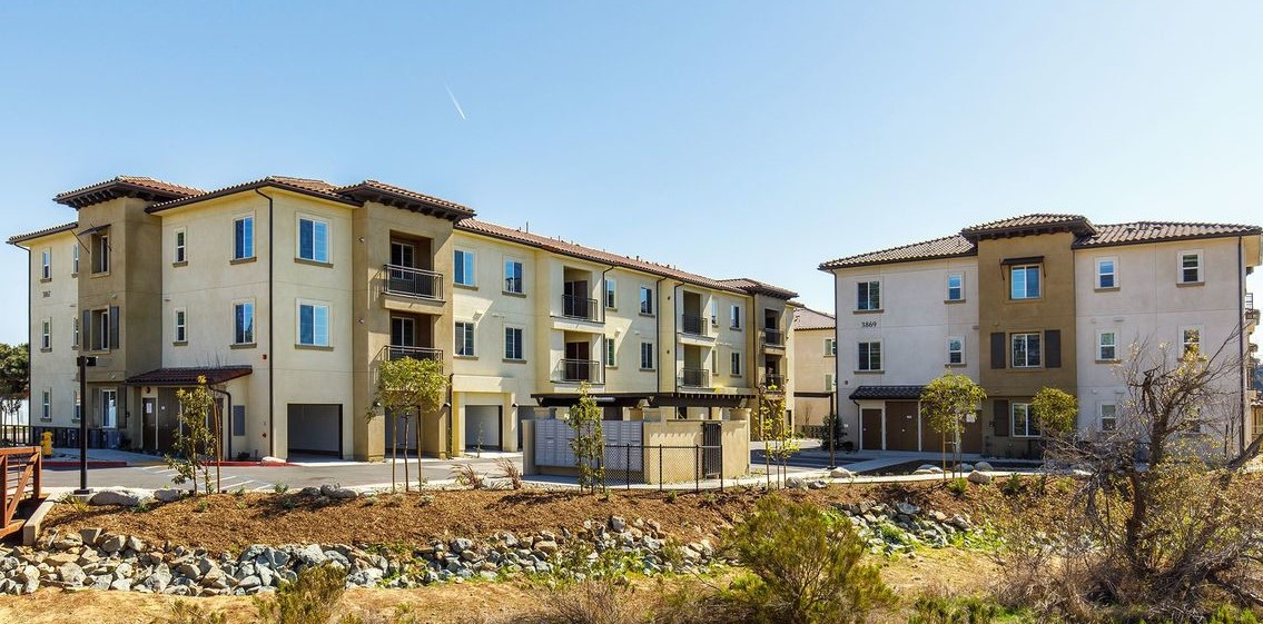 Stone creek apartments sold for 33m san diego business for Stone creek development