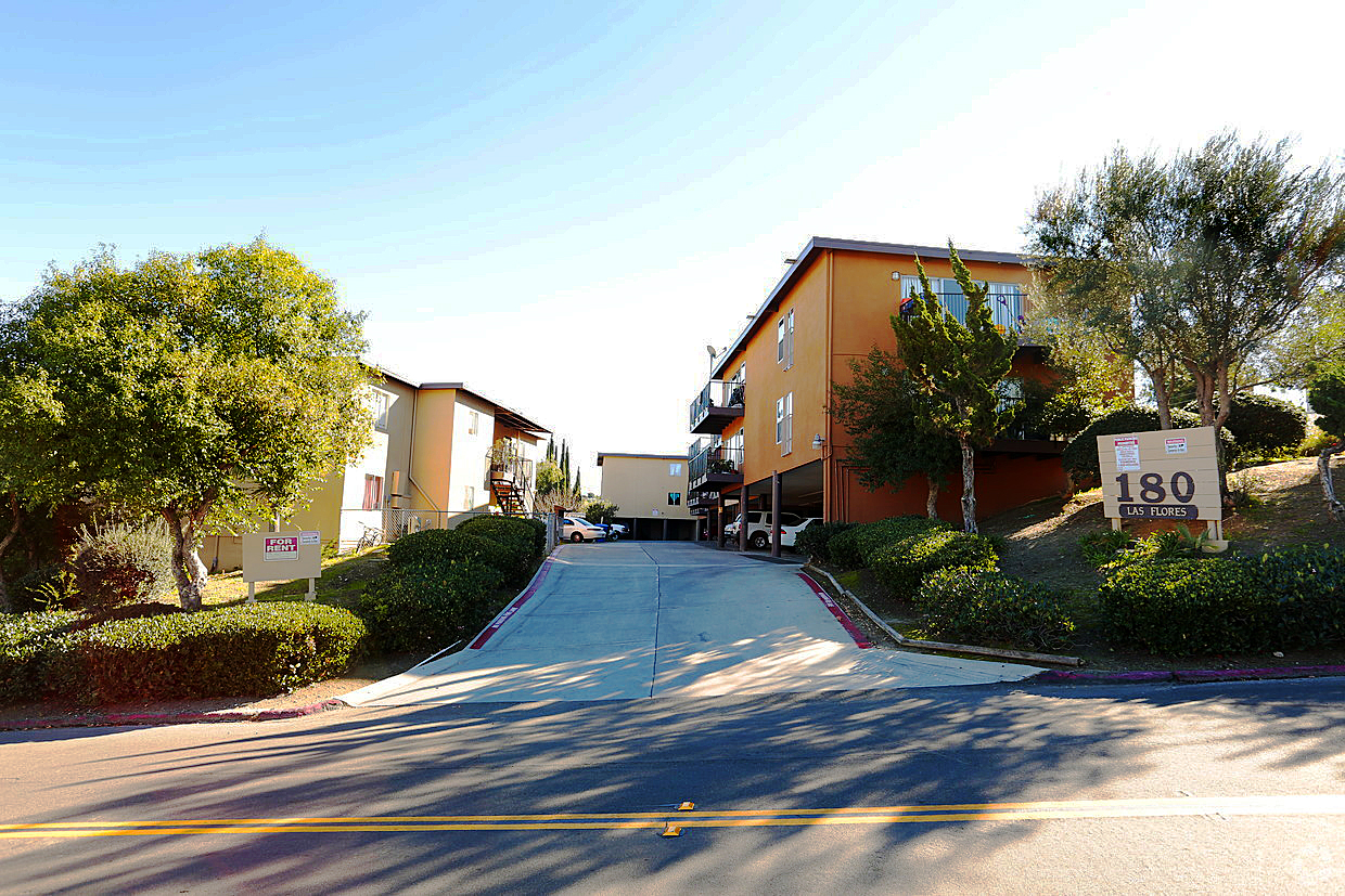 San marcos apartment complex sold for 3 9m san diego - Apartment complexes san diego ...