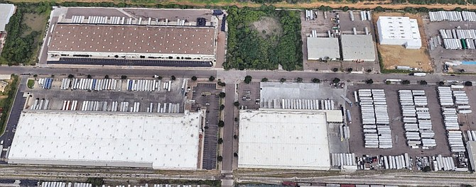Laredo industrial buildings acquired by Stos Partners Photo courtesy of Stos Partners