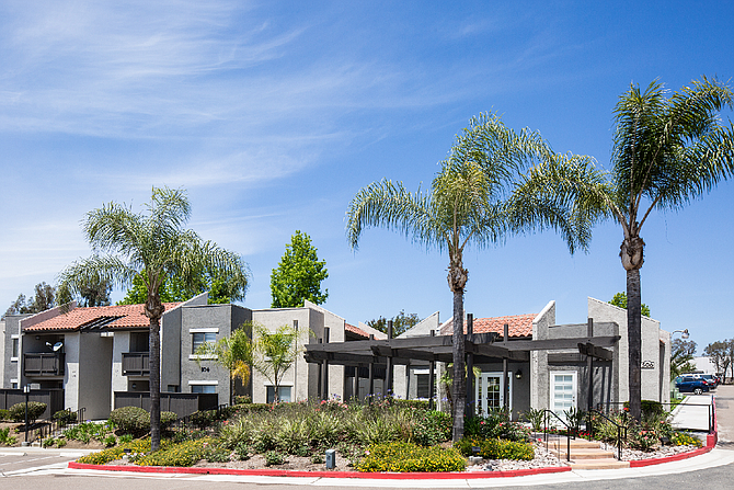 The Avenue at San Marcos Apartments