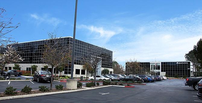 Del Mar Corporate Plaza Photo courtesy of HFF