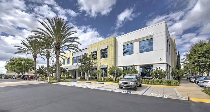 Spectrum Corporate Plaza Photo courtesy of CBRE