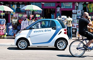 Car2go is bringing a fleet of 300 Smart Fortwo Electric Drive vehicles to San Diego.