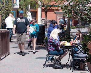 Shops: Simi Valley Town Center visitors enjoy retail and restaurant offerings.