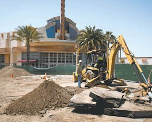 Entertain: An outdoor lifestyle center will provide a space for concerts and programs at the Northridge Fashion Center.