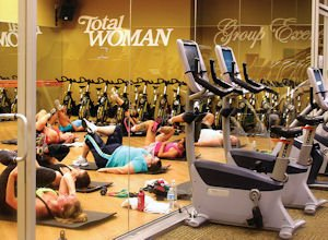 Retail: Total Woman Gym and Day Spa opened in Valenica.