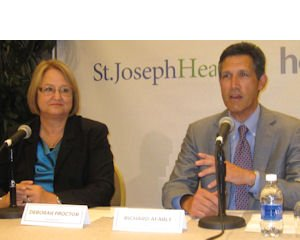 Partners: St. Joseph's Proctor, Hoag's Afable announce hospitals' move to combine operations in regionally focused company