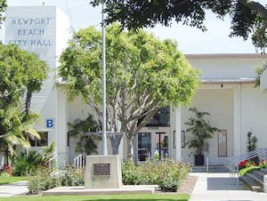 Newport Beach City Hall: will move to civic center under construction in Newport Center