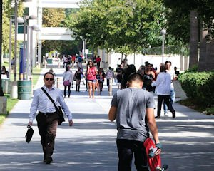 Classes: Students on CSUN campus.