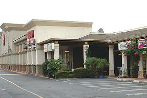 Cypress Center West: about 94% full, anchored by Ralphs, Rite Aid