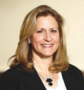 Jeanne Taylor, CPA, CVA, CM&AA Tax & Business Consulting Principal AKT LLP