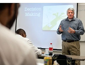 Filling Gaps: Instructor Jim Manteney leads class at the Biotech Bridge Academy.