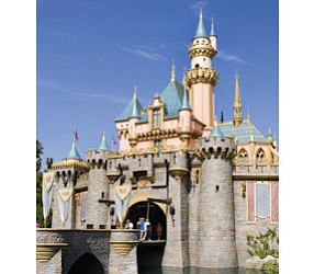 New policy: Children under age of 14 can no longer enter Disneyland or sister parks in U.S. on their own