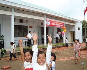 "Hoa Hung Elementary School: built by Hoang's SAVICE Foundation, which stands for ""Save a Vietnamese Child with Education"""