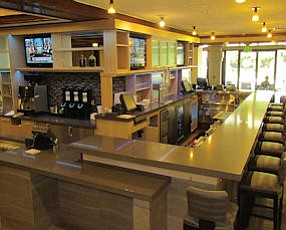 Westlake Village: Harvest Kitchen & Bar at Hyatt.