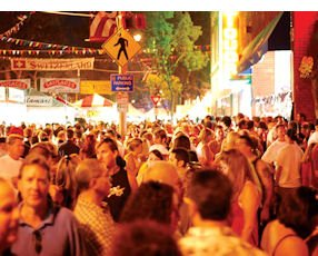 Orange International Street Fair: crowds check out countries' cultures