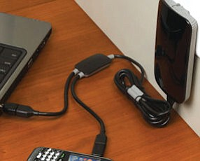 Comarco adapter: charges multiple devices