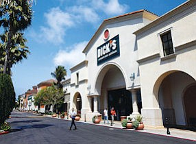 Tenant: Dick's Sporting Goods in El Segundo. A new store is coming to Palmdale.