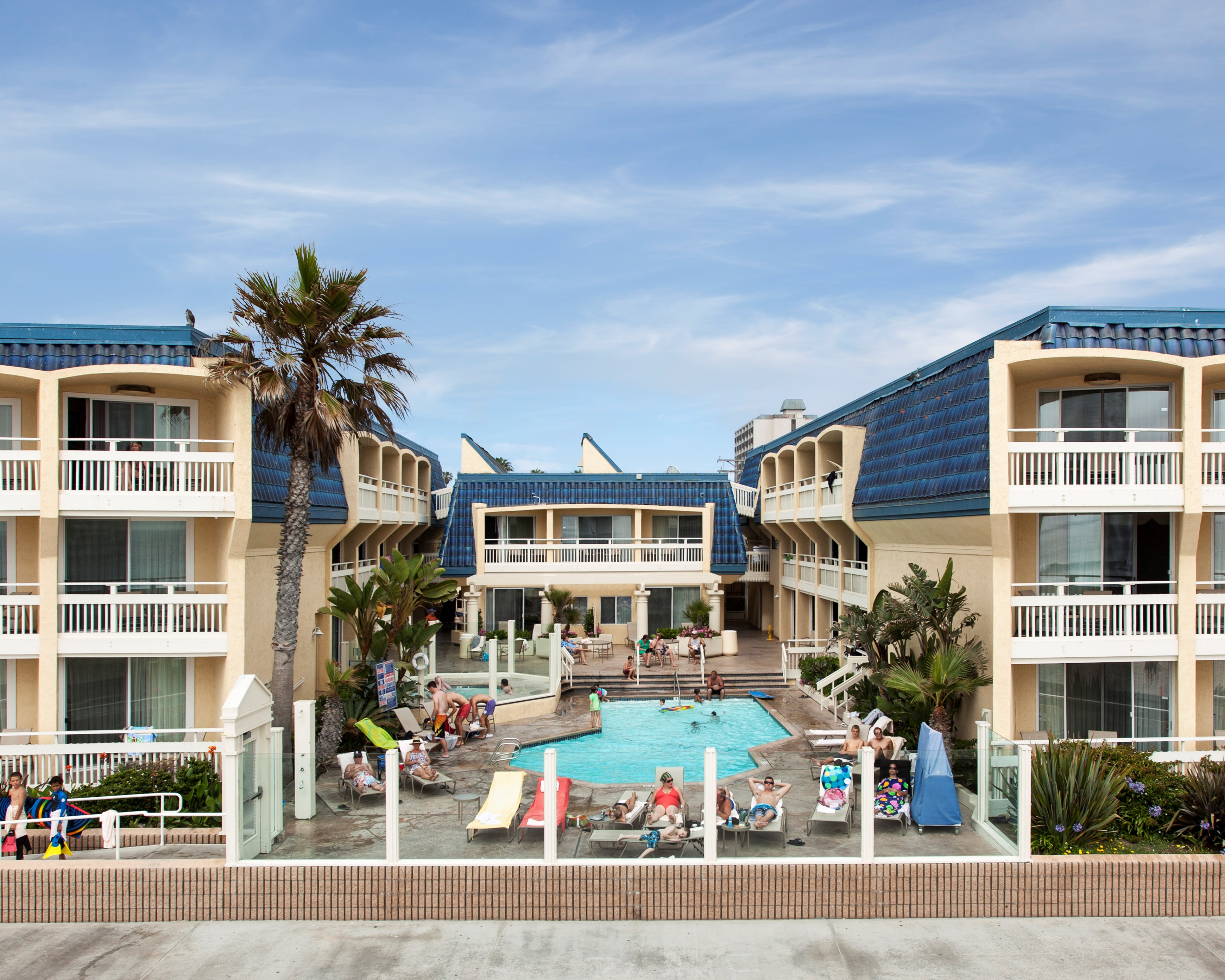 Pacific Beach Hotel Gets New Name 5