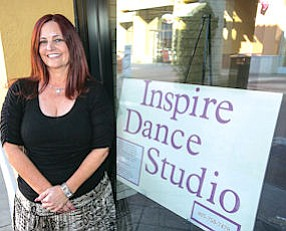 Pas de Deux: Cindy Roe outside her new studio in Simi Valley Town Center.