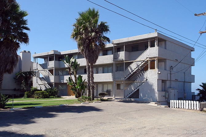 Seashore on the Bluffs apartments in Encinitas (photo courtesy of CoStar Group)