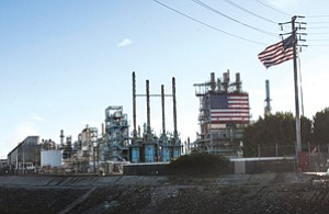 Hooking Up?: Tesoro's Carson oil refinery, which the company hopes to connect to its facility in Wilmington.