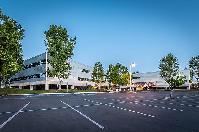 Carlsbad Executive Plaza -- Photo courtesy of DTZ