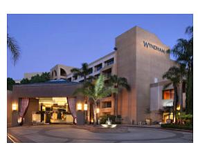 tribute portfolio hotel costa mesa 2018 world 39 s best hotels. Black Bedroom Furniture Sets. Home Design Ideas