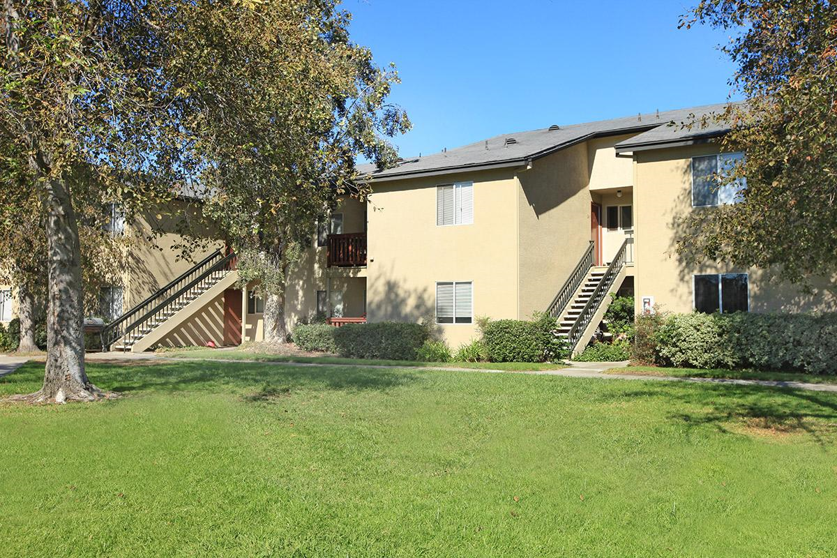 San diego apartment complex sells for 28 3 million san - Apartment complexes san diego ...