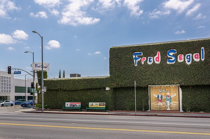 Fred Segal On Melrose Sells For 43 Million Los Angeles