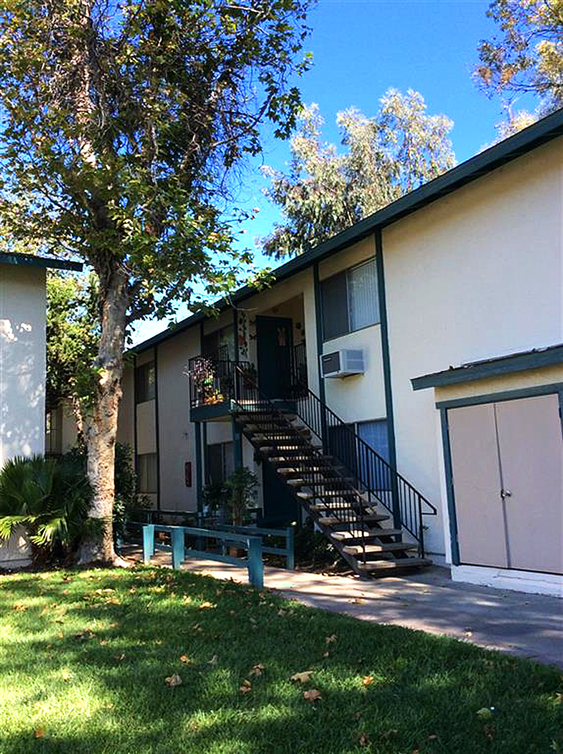 Ramona apartment complex sold for million san - Apartment complexes san diego ...